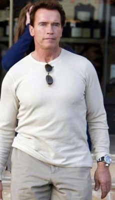 Photo of Arnold Schwarzenegger wearing an Invicta watch